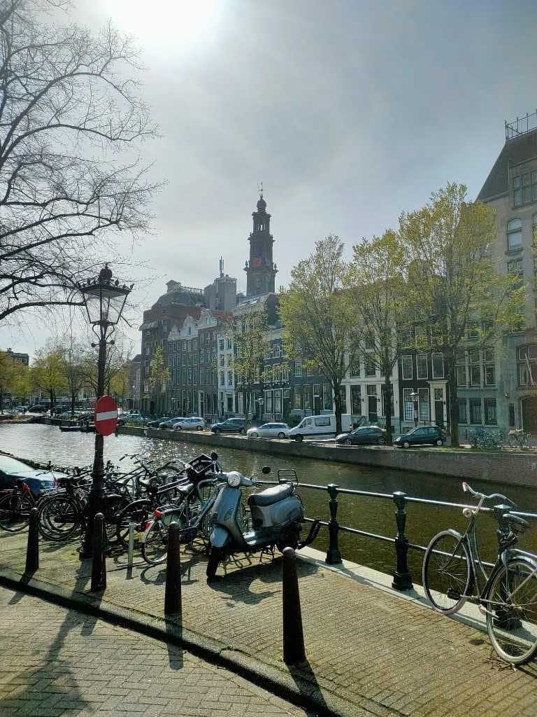 Westertoren-aanzicht-restaurant-wandeling-Amsterdam